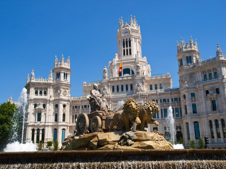 Spain paves the way for greater foreign investment in property market